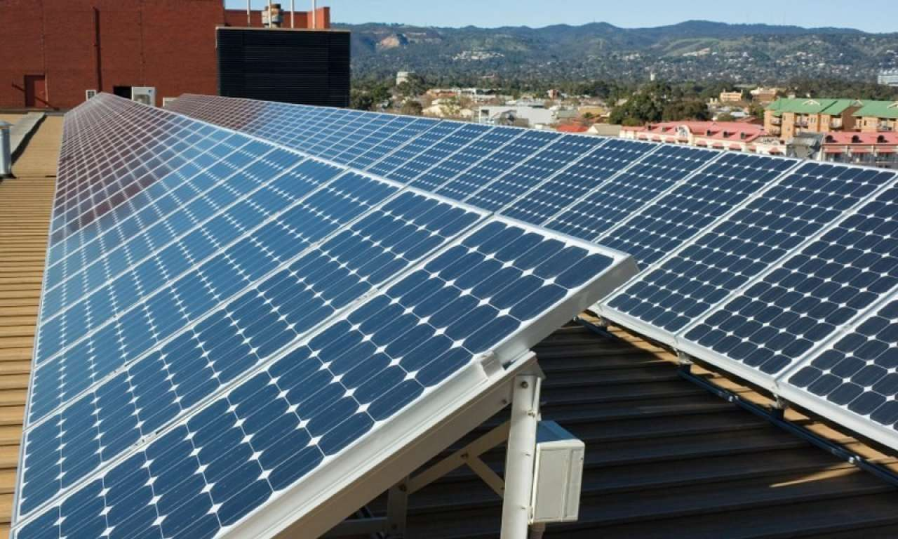 How to determine the best solar panel orientation for your property