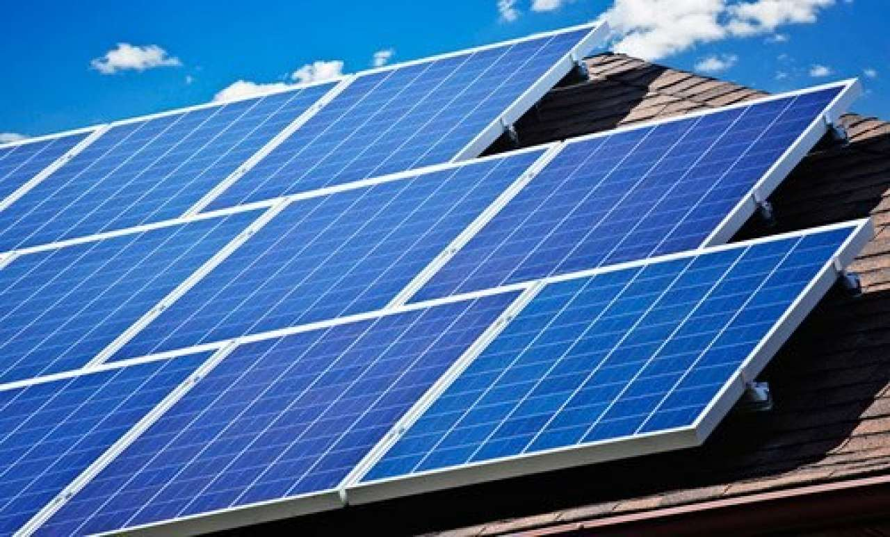 The financial benefits of 'going solar' for small business